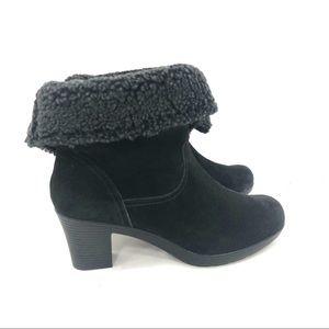 Clarks Suede Faux Fur Fold Over Ankle Boots 10